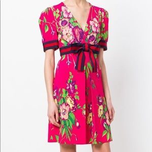 Gucci Floral Printed Stretch Jersey Dress In pink, size 4